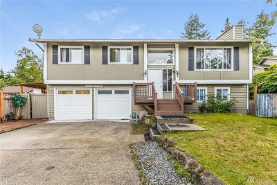Everett Single Family Home For Sale: 832 117th St SW