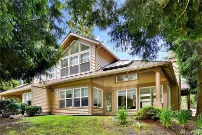 Blaine Condo/Townhouse For Sale: 9042 Gleneagle Dr #21