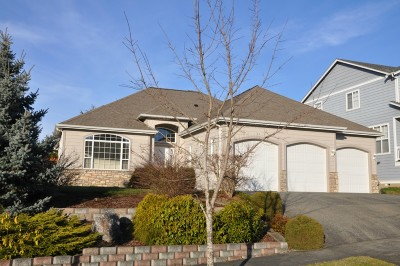 Single Family Home Sold: 1564 Brookedge Ct