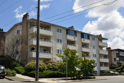 Condo/Townhouse Sold: 75 E Lynn St #202