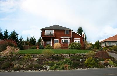 Single Family Home Sold: 172 Glacier Peak Dr
