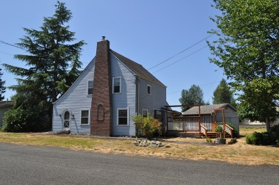 Single Family Home Sold: 1308 Sumner Ave
