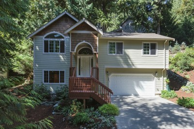 Single Family Home Sold: 35 Rocky Ridge Dr