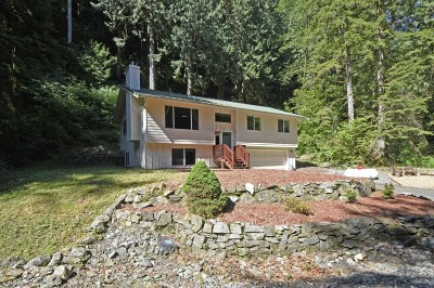 Single Family Home Sold: 23 Bigleaf Lane