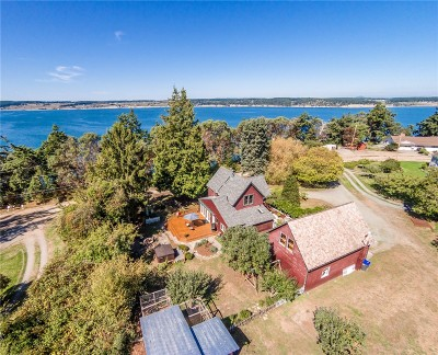 Coupeville Single Family Home Sold: 701 Madrona Wy