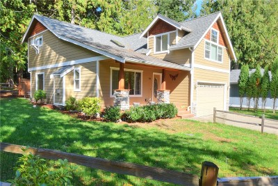 Single Family Home Sold: 10 Inglewood Dr