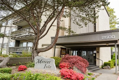 Mercer Island Condo/Townhouse Sold: 2500 81st Ave SE #115