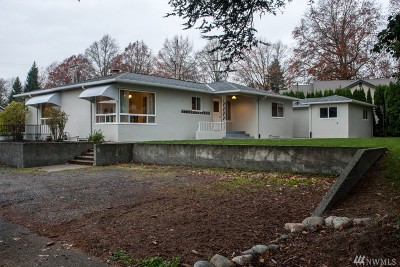 Lynden Single Family Home Sold: 109 S B.c. Ave