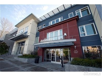 Condo/Townhouse Sold: 375 Kirkland Wy #330