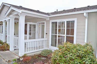 Ferndale Condo/Townhouse Sold: 5666 Correll Dr #104