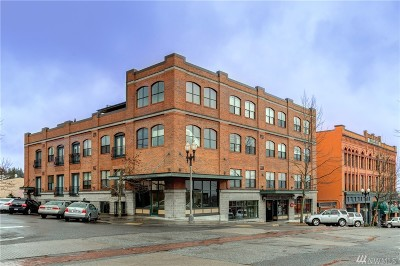 Condo/Townhouse Sold: 1224 Harris Ave #301