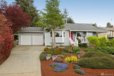 Coupeville Single Family Home Sold: 1977 Fircrest Ave
