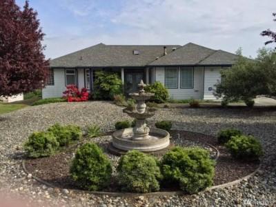 Oak Harbor Single Family Home Sold: 504 Grandview