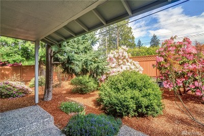Lynnwood WA Single Family Home Sold: $327,500