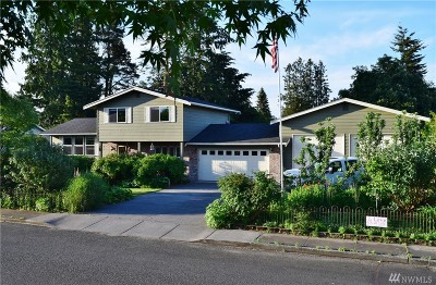 Lynden Single Family Home Sold: 302 Kwanzan Dr
