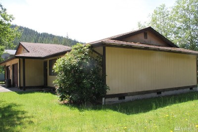 Forks WA Single Family Home For Sale: $169,000
