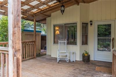 Freeland Single Family Home Sold: 1046 Timber Lane E
