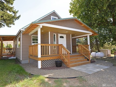 Twisp Single Family Home For Sale: 402 5th Ave