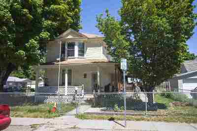 Spokane Single Family Home For Sale: 1728 W Maxwell Ave