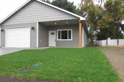 Spokane County, Stevens County Single Family Home For Sale: 2024 E Weile Ave