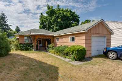 Single Family Home For Sale: 3907 W Crown Ave