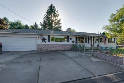 Spokane Valley Single Family Home For Sale: 220 S Newer Rd