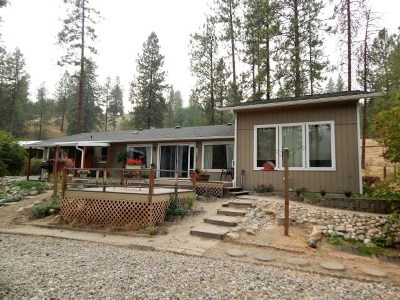Spokane County, Stevens County Single Family Home For Sale: 1259 D Hwy 25 S Hwy