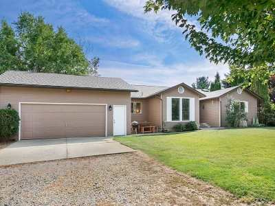 Single Family Home Chg Price: 7805 E Day Mt Spokane Rd