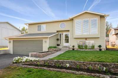 Medical Lk WA Single Family Home New: $203,000