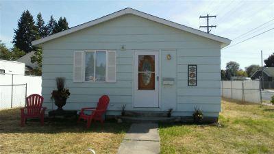 Spokane Single Family Home For Sale: 1527 W Grace Ave