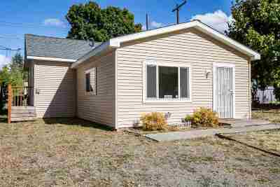 Single Family Home For Sale: 3004 W Rockwell Ave
