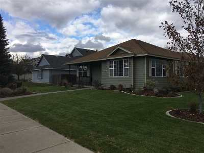 Spokane Valley Single Family Home For Sale: 2123 S Saint Charles Rd