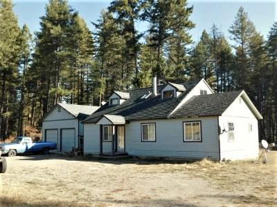 Newport Single Family Home For Sale: 208 Laurelhurst Dr
