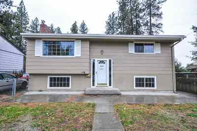 Single Family Home For Sale: 4217 W Crown Ave