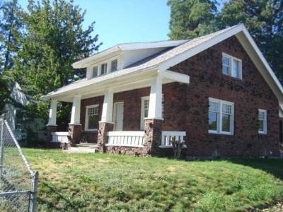 Spokane Single Family Home For Sale: 5011 N Maple Ave