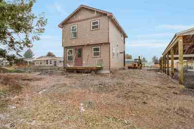 Spokane County, Stevens County Single Family Home For Sale: 7125 N Crestline St #Unit 2