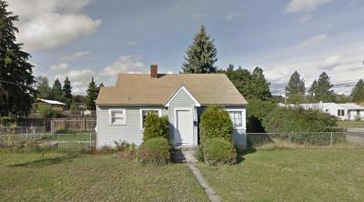 Spokane Single Family Home For Sale: 6025 N Nevada St
