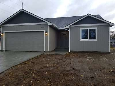 Spokane County, Stevens County Single Family Home For Sale: 1407 E Queen Ave