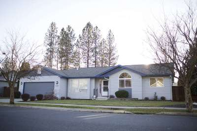 Spokane Single Family Home Ctg-Sale Buyers Hm: 7729 N Old Fort Dr