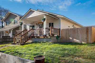 Newport Single Family Home For Sale: 605 S State St