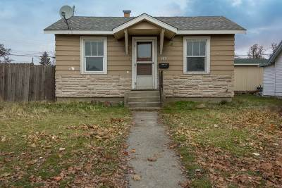 Spokane Single Family Home Ctg-Short Sale: 1107 E Wellesley Ave