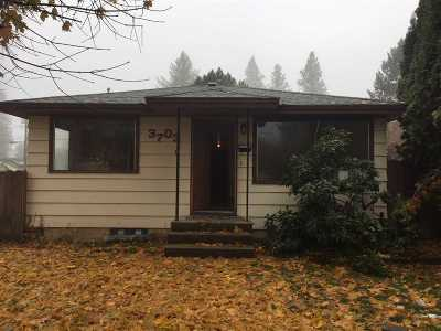 Single Family Home For Sale: 3703 W Hoffman Ave