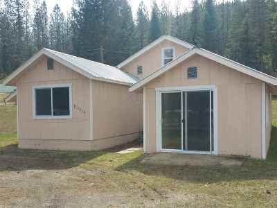 Newport Single Family Home For Sale: 322272 Highway 2