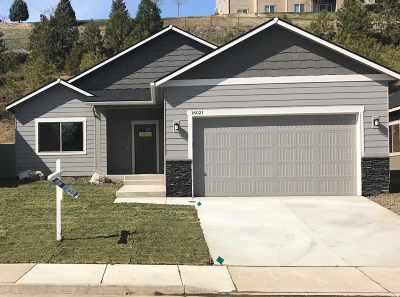 Single Family Home Chg Price: 16021 N Gleneden Dr