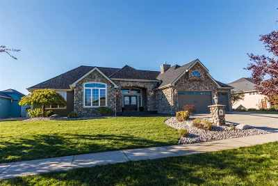 Deer Park Single Family Home For Sale: 807 N Country Club Dr