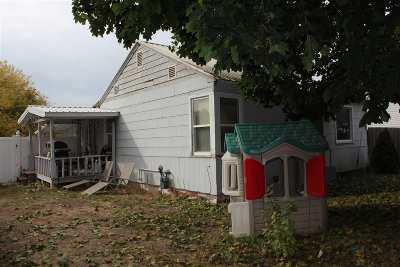 Deer Park Single Family Home Ctg-Short Sale: 603 N Columbia