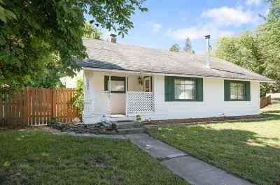 Single Family Home Bom: 4008 E Hartson Ave
