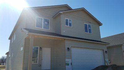 Spokane Single Family Home For Sale: 20222 E 8th Ave