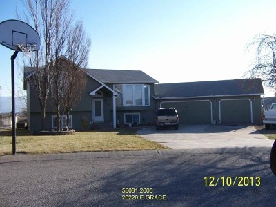 Otis Orchards WA Single Family Home Ctg-Short Sale: $232,000