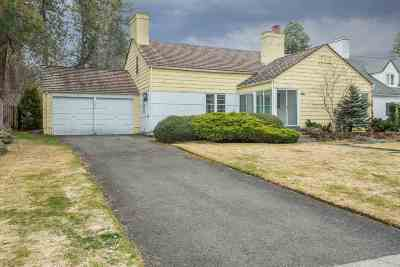 Single Family Home For Sale: 1304 E Overbluff Rd